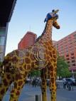 LEGO Giraffe vor dem Sony-Center